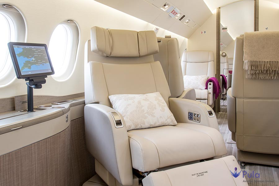 Picture of g pula aircraft gallery 00 falcon 2000 lxs.