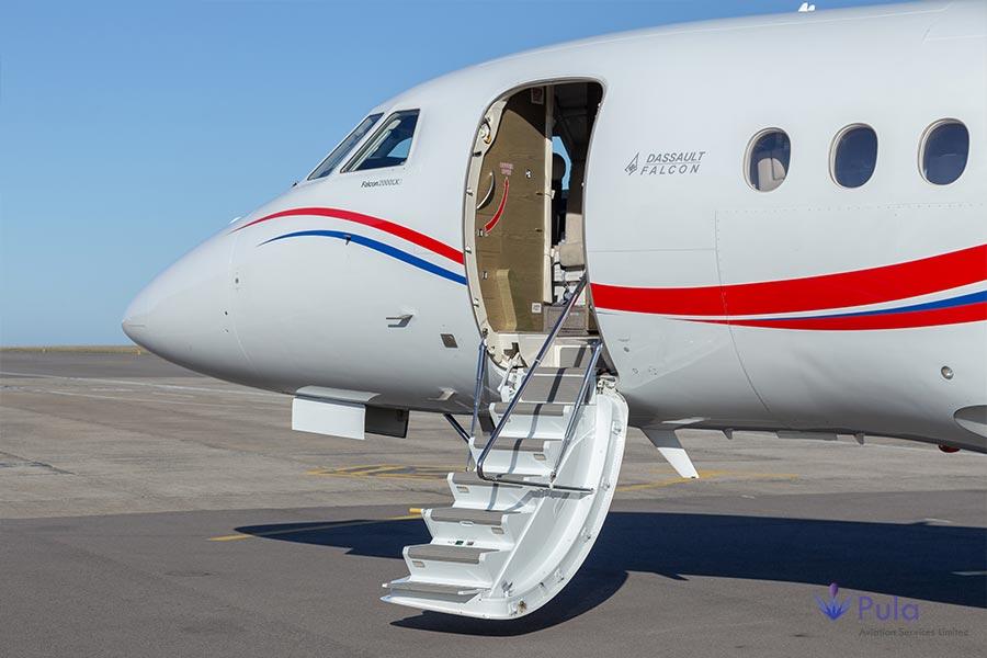 Picture of g pula aircraft gallery 07 falcon 2000 lxs.