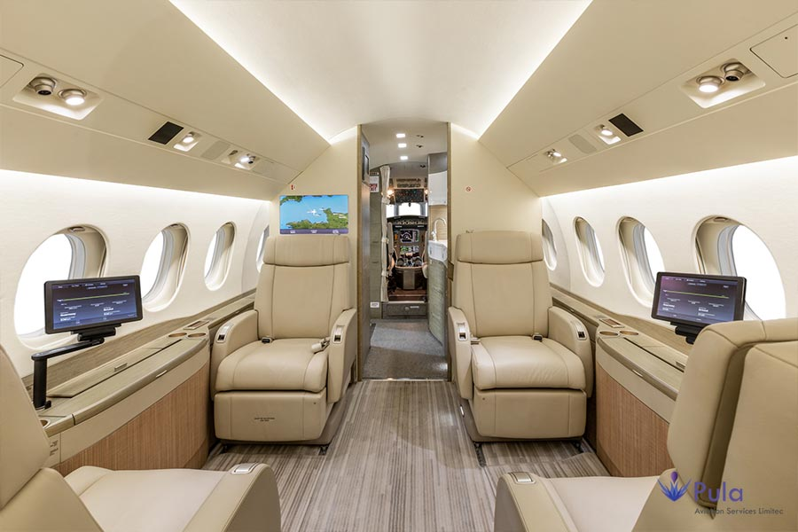 Picture of g pula aircraft gallery 09 falcon 2000 lxs.